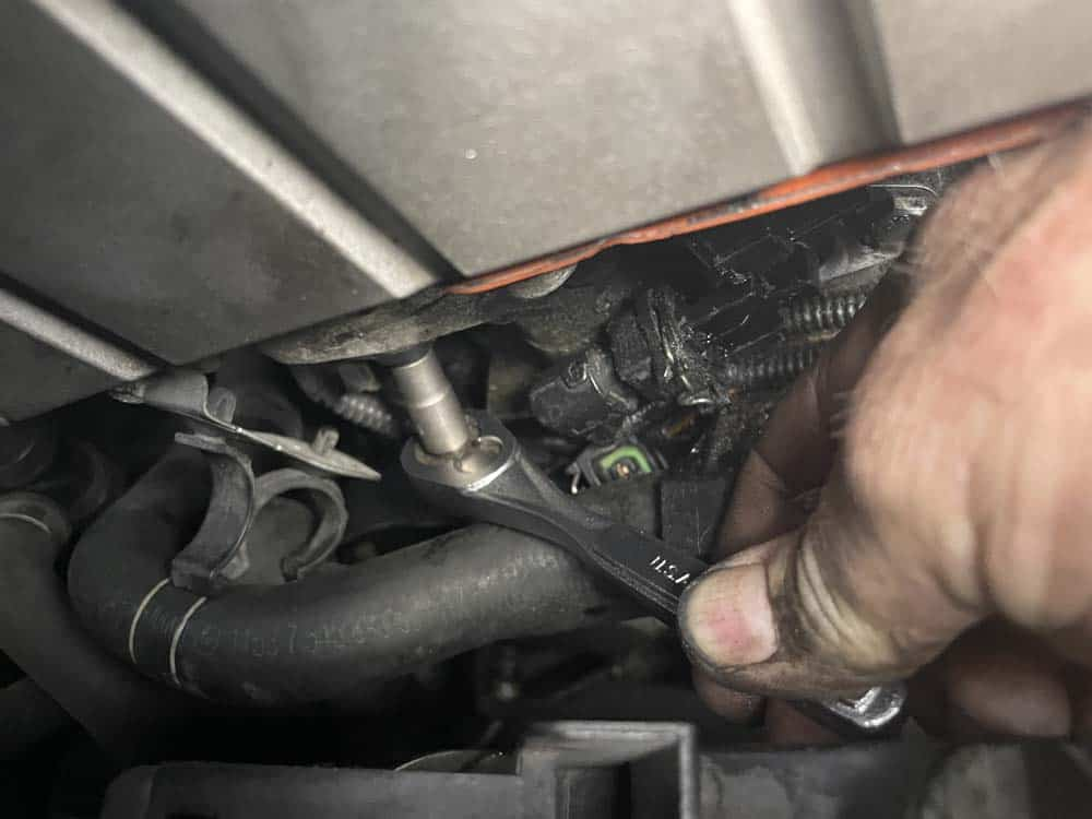 bmw n52 camshaft sensor replacement - Remove the exhaust camshaft sensor and replace with new one